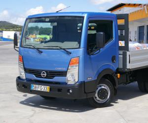 NISSAN Cabstar photo 2