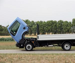 NISSAN Cabstar photo 14