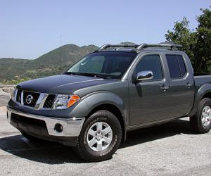 NISSAN Frontier photo 4