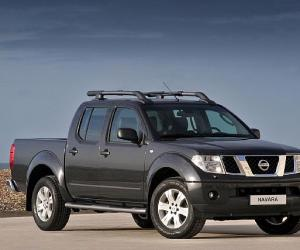NISSAN Navara photo 1
