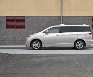 NISSAN Quest photo 5