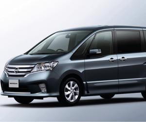 NISSAN Serena photo 9
