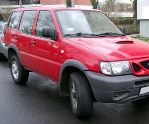 NISSAN Terrano II photo 1