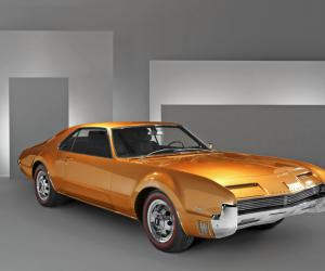 Oldsmobile Toronado photo 5