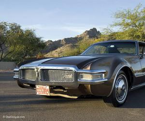 Oldsmobile Toronado photo 10