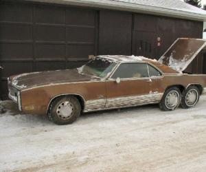 Oldsmobile Toronado photo 15