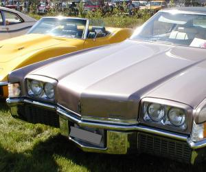 Oldsmobile Toronado photo 17