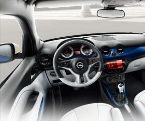 Opel Adam photo 1