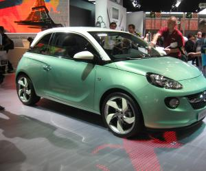 Opel Adam photo 2