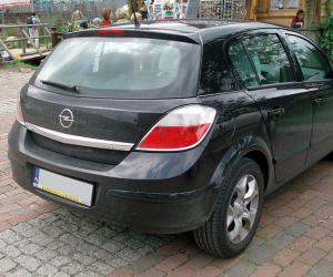 Opel Astra 1.6 Twinport photo 13