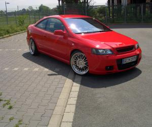 Opel Astra Coupé Turbo photo 5