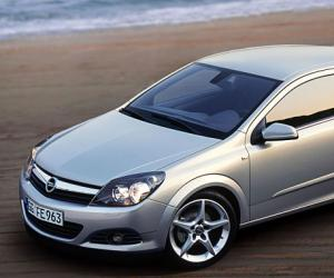 Opel Astra GTC photo 1