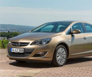 Opel Astra Limousine photo 10