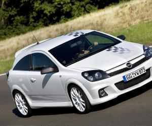 Opel Astra OPC image #11