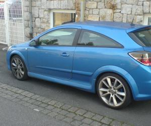 Opel Astra OPC image #13