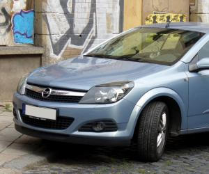 Opel Astra Twin Top photo 1