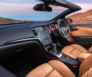 Opel Cascada photo 8