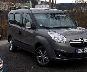 Opel Combo Tramp image #10