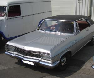 Opel Diplomat V8 Coupé photo 1