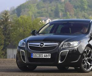 Opel Insignia OPC Sports Tourer photo 5