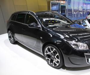 Opel Insignia OPC Sports Tourer photo 7