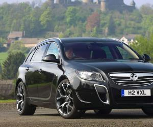 Opel Insignia OPC Sports Tourer photo 14