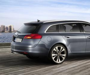 Opel Insignia Sports Tourer photo 6