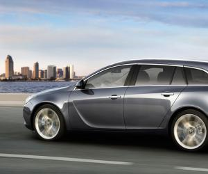 Opel Insignia Sports Tourer photo 8