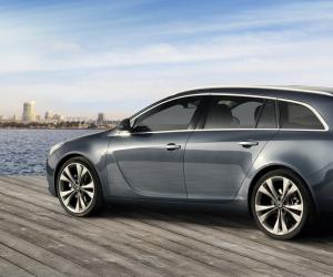 Opel Insignia Sports Tourer photo 9