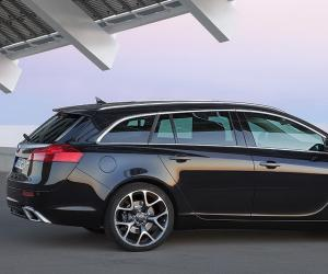 Opel Insignia Sports Tourer photo 11