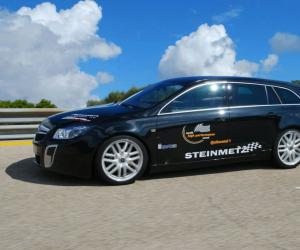 Opel Insignia Sports Tourer photo 12