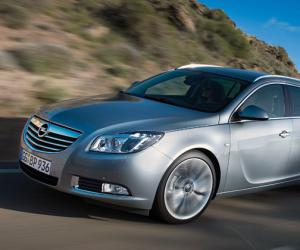 Opel Insignia Sports Tourer Ecoflex photo 2
