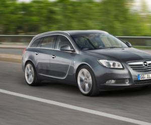 Opel Insignia Sports Tourer Ecoflex photo 7
