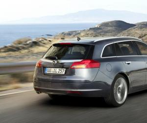 Opel Insignia Sports Tourer Ecoflex photo 12