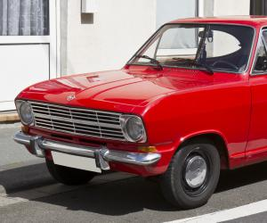 Opel Kadett photo 8