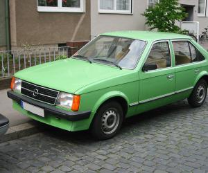 Opel Kadett photo 11