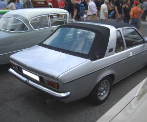 Opel Kadett Aero photo 2