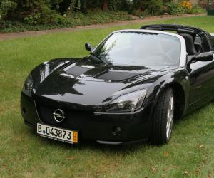 Opel Speedster Turbo photo 2