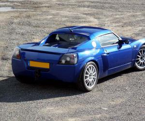 Opel Speedster Turbo photo 14