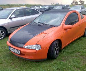 Opel Tigra photo 8