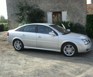 Opel Vectra GTS photo 8