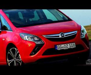 Opel Zafira Tourer 2.0 BiTurbo photo 8