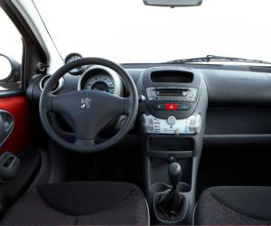 Peugeot 107 Urban Move photo 8