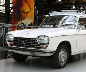 Peugeot 204 Break image #7
