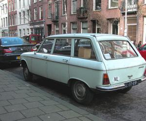 Peugeot 204 Break photo 19