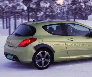 Peugeot 308 Coupe photo 3