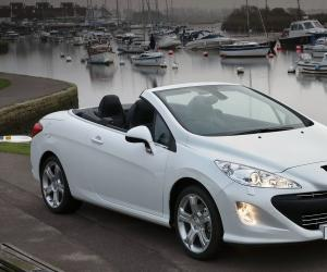 Peugeot 308 Coupe photo 4