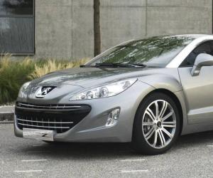 Peugeot 308 Coupe photo 5