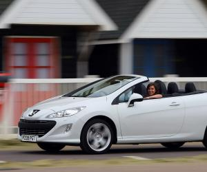 Peugeot 308 Coupe photo 6