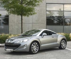 Peugeot 308 Coupe photo 9